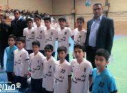 قهرمانی تیم المهدی شهرستان اناردر مسابقات لیگ برتر فوتسال استان کرمان+تصاویر