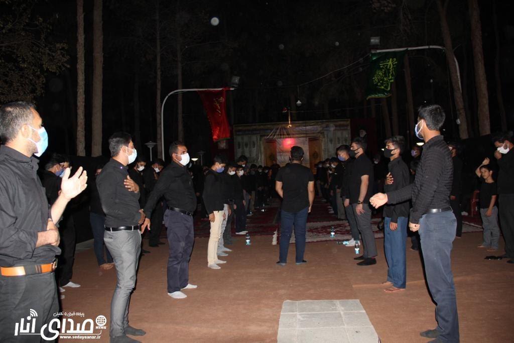 گزارش تصویری از مراسم عزاداری شب عاشورا محرم ۹۹ هیئت محبین الزهرا شهر انار